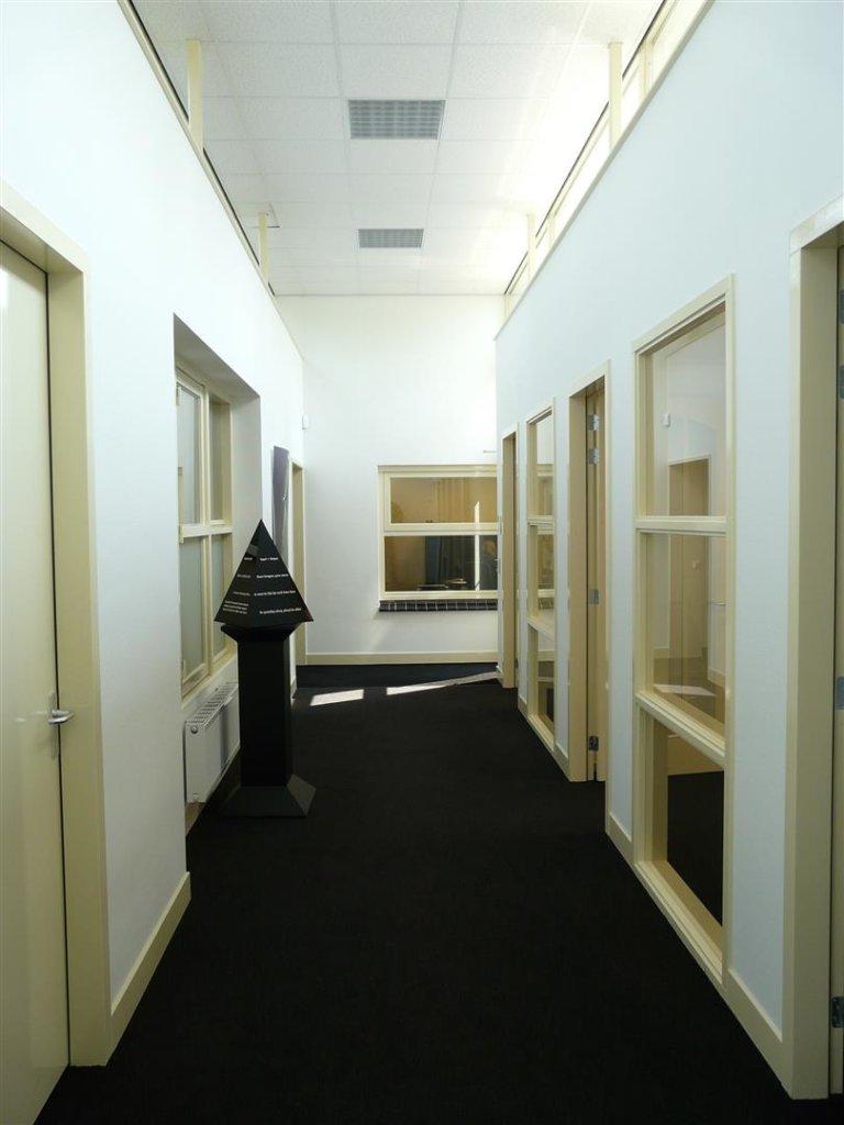 Uitbreiding kantoor klaver makelaardij kantoor nico dekker ontwerp bouwkunde - Uitbreiding hal ...