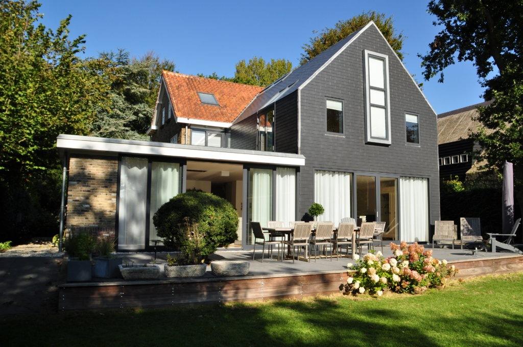 Moderne aanbouw keuken vrijstaand for Vrijstaand huis achterhoek